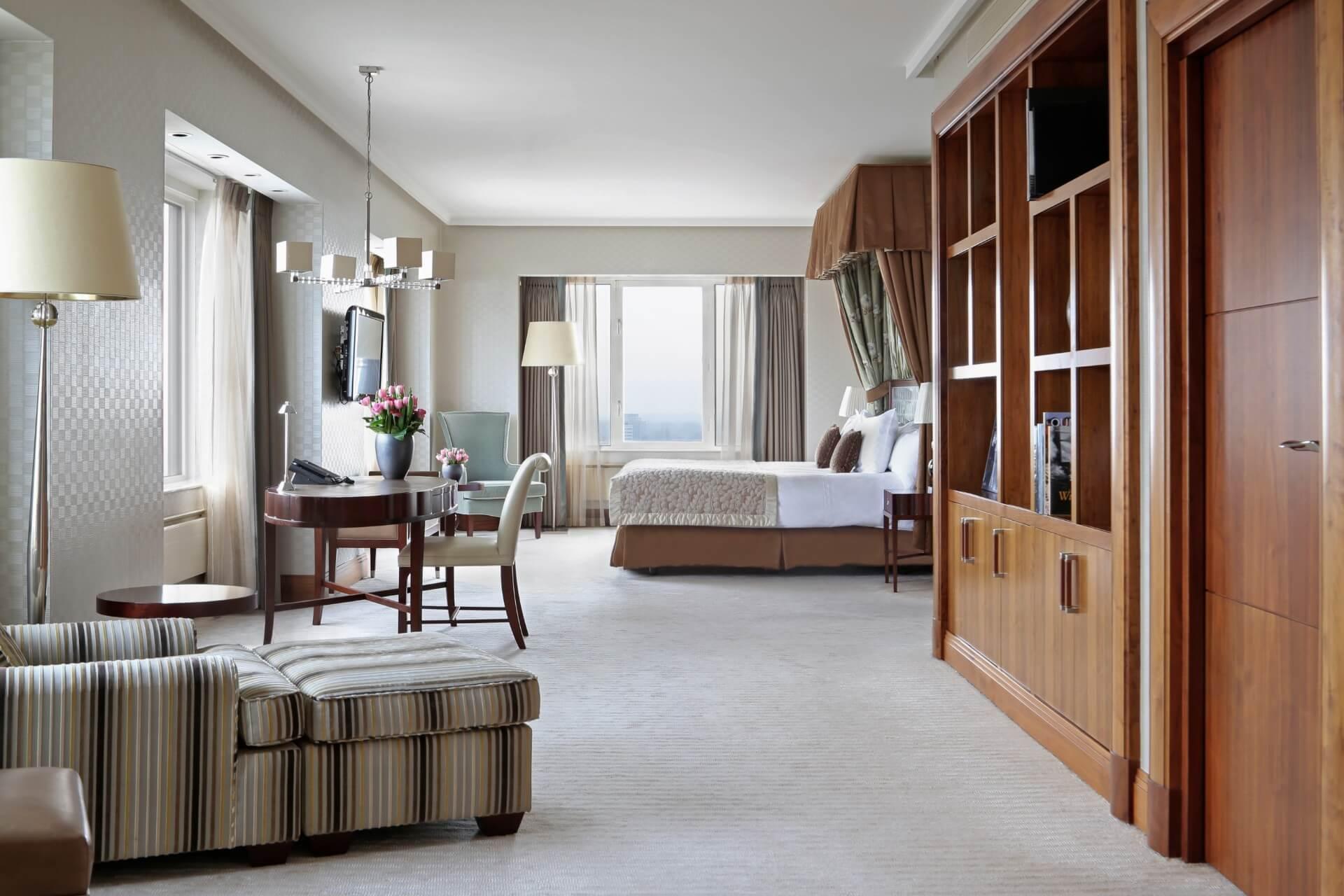 empress-bedroom-the-imperial-suite-hotel-okura-amsterdam